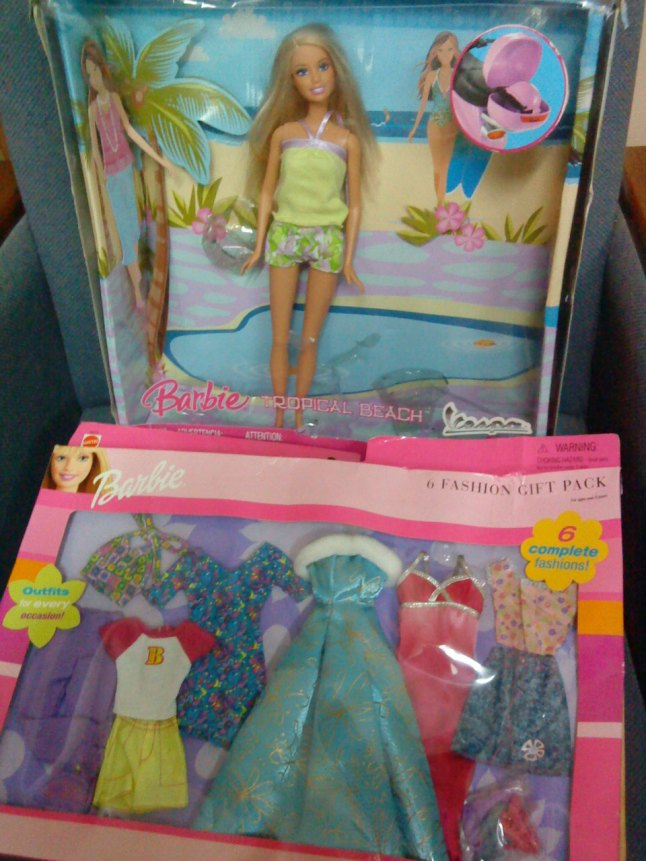 BARBIE  6 FASHION GIFT PACK